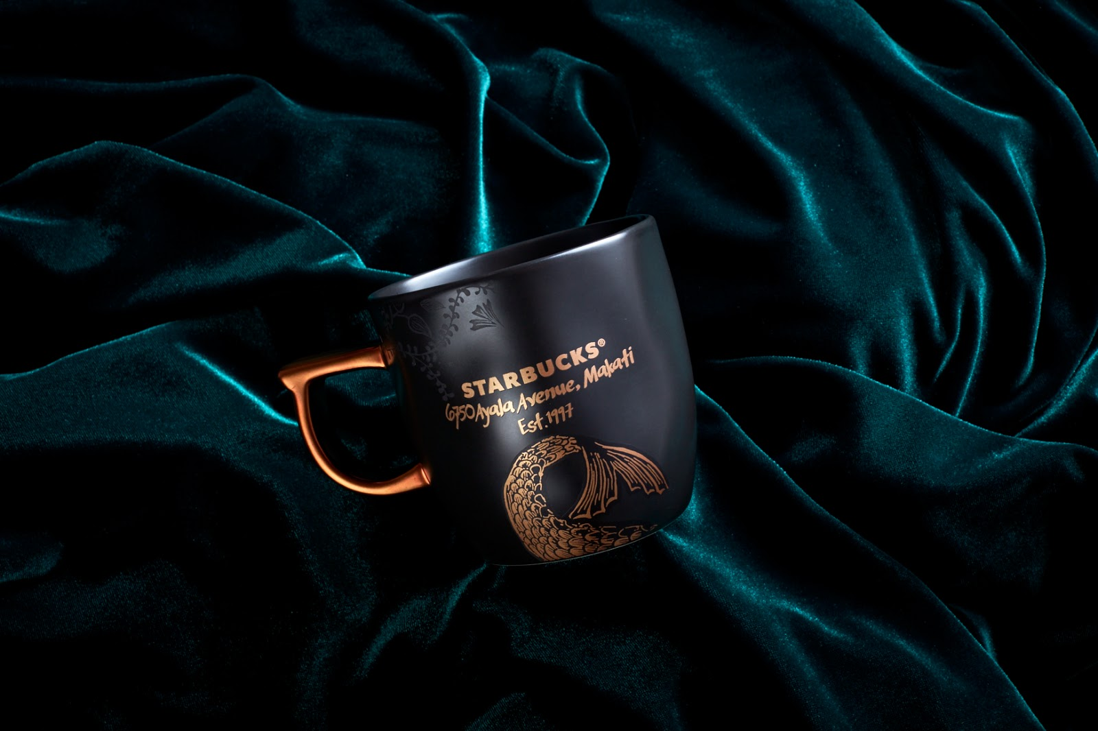 1f5868ae9046 The most precious item for release is the 20th Anniversary mug in full  white gold. Starbucks created this rare premium item as a nod to Philippine  heritage.