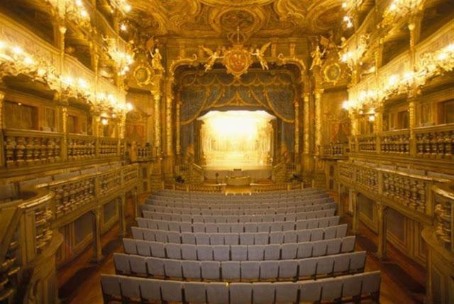 Le Royal Opera em Versalhes