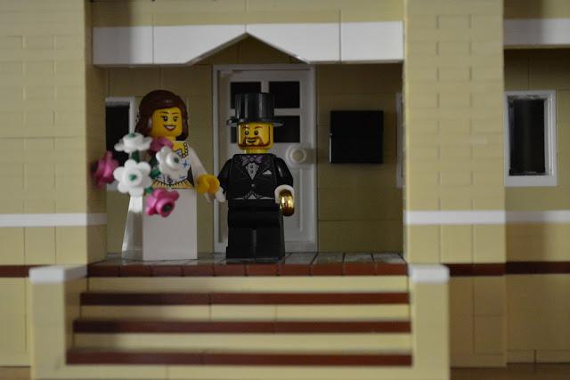 Evie and Josh Leichtenberg lego version of Sears Elmwood