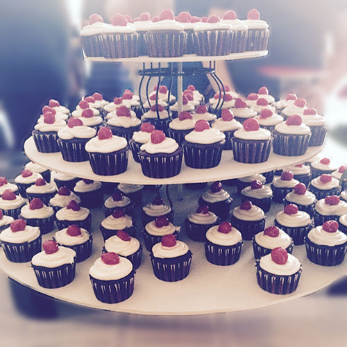 coco & lola's grand opening, cupcake tower