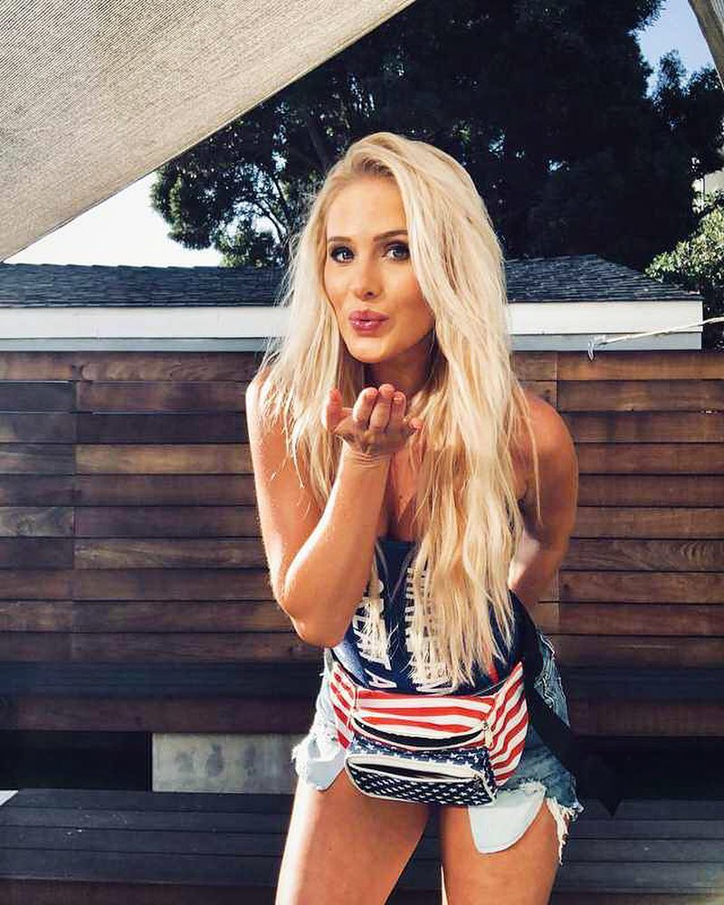 The hottest images and pictures of Tomi Lahren