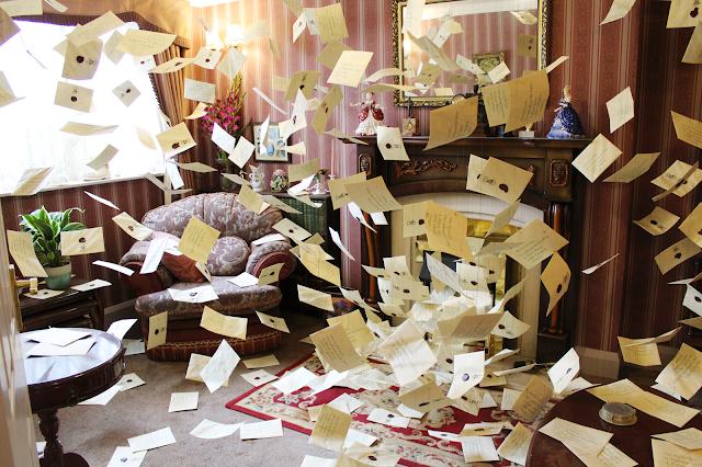 letters-hogwarts-warner-bros-studio-tour-harry-potter