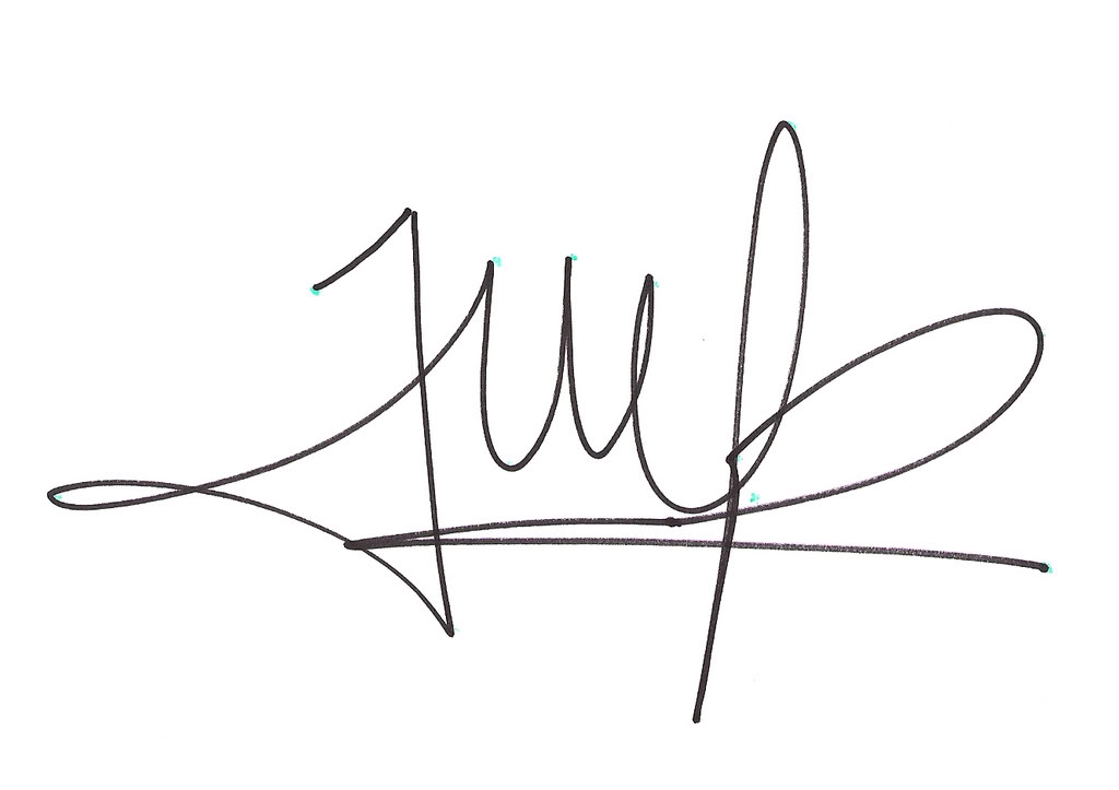 25 Lovely Signature