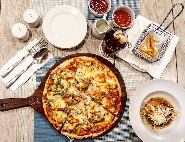 nonton bareng piala dunia 2018, Pizza Swissbel Kalibata