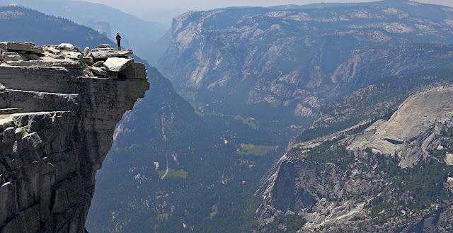 Formação rochosa Half Dome na Califórnia