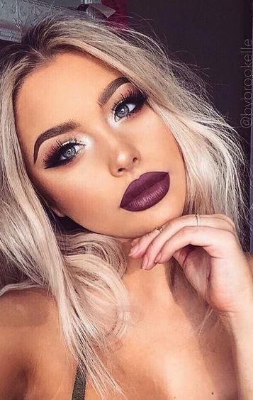 dark lips make up idea
