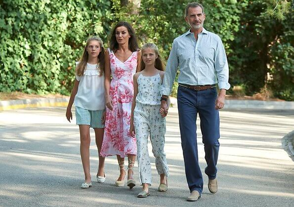 Princess Leonor wore Mango floral print top and trousers, Queen Letizia wore a pink floral print v-neck summer dress