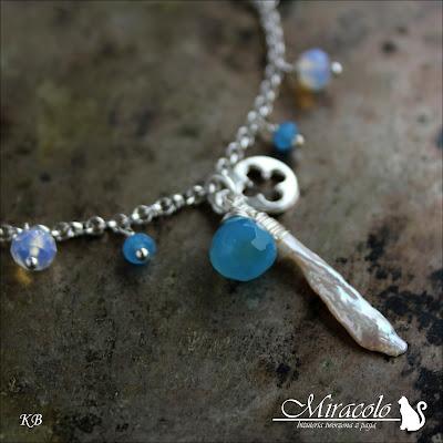 Miracolo, bransoletka z perłami, chalcedonami i opalitami, perły Biwa, cebulki chalcedonu, opalit, pearl and chalcedony bracelet