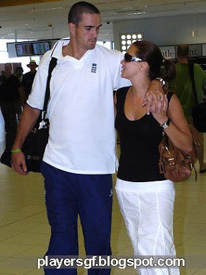 Kevin Pietersen and his lovely wife Jessica Taylor