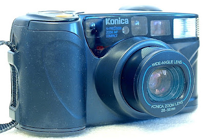 Konica Z-up 28W, Front left
