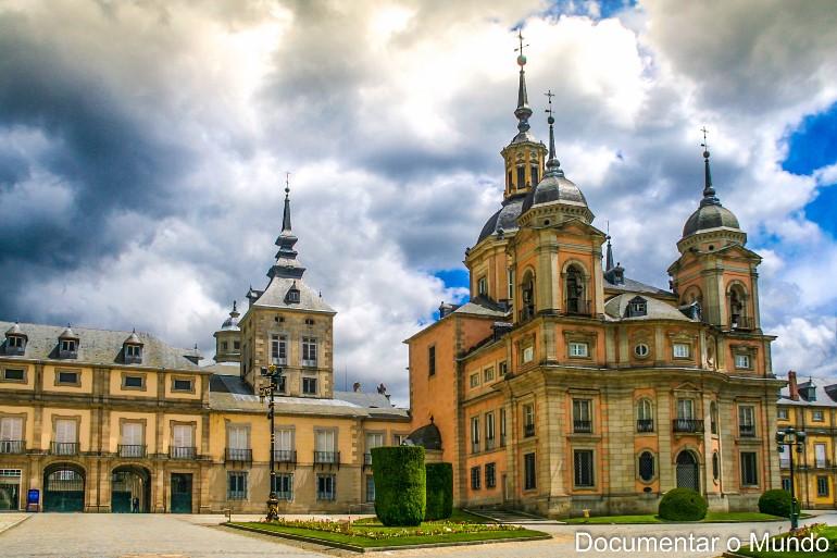 Real Colegiata; Palácio Real de La Granja de San Ildefonso