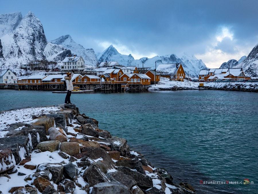 Sakrisøy en Islas Lofoten