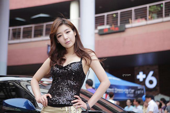 Race Queen Seksi Jo Sang Hi