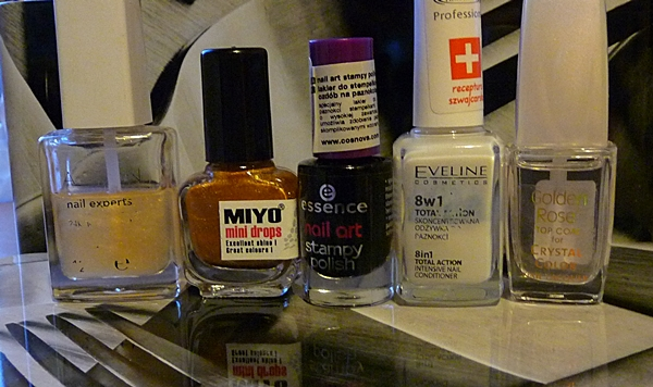 zwierzęcy motyw na paznokciach, tigers nails, manicure, miyo mini drops mix, Essence Nail Art Stampy Set, Avon nail experts liquid freeze quick dry, Golden Rose Top Coat for Crystal Color,