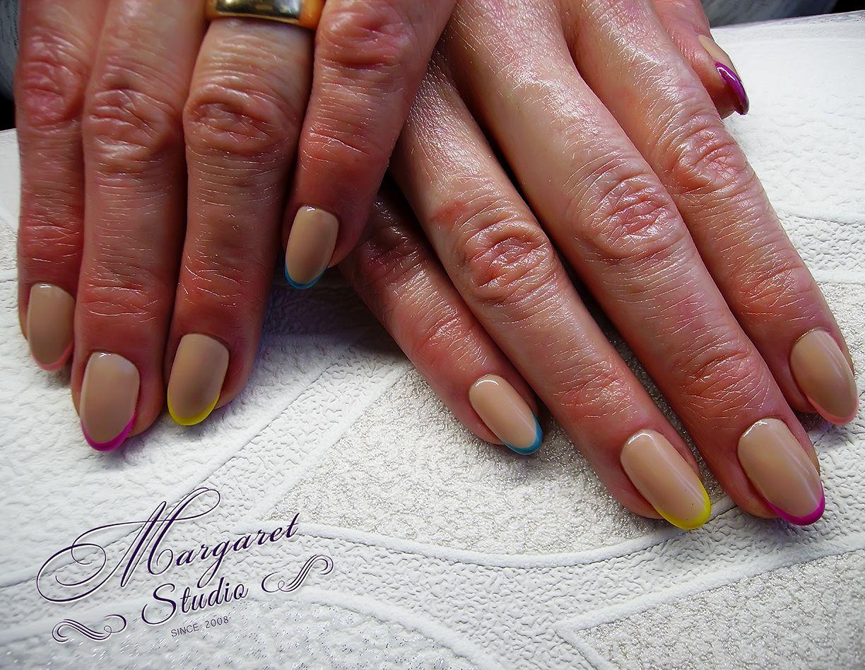 Manicure hybrydowy french kolorowy
