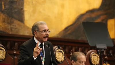 Medina pide Congreso aprobación leyes contra corrupción y lavado activos