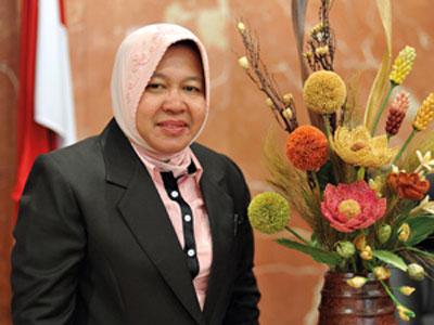 sepak terjang nyata Bu Risma selama menjabat sebagai Walikota Surabaya