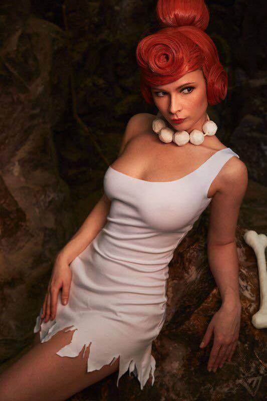 Jannet Vinogradova sexy wilma flinstones cosplay 01