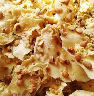 Resep-dan-Cara-membuat-rempeyek-peyek-kacang-tanah-renyah-dan-enak