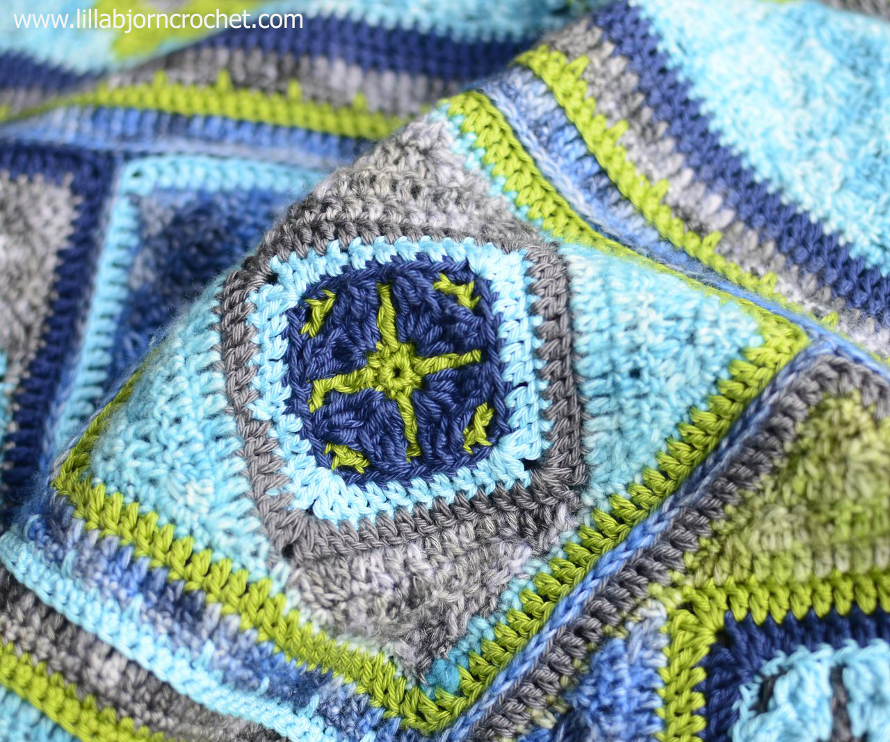 Spirits of Life CAL by www.lillabjorncrochet.com. Free crochet wrap pattern