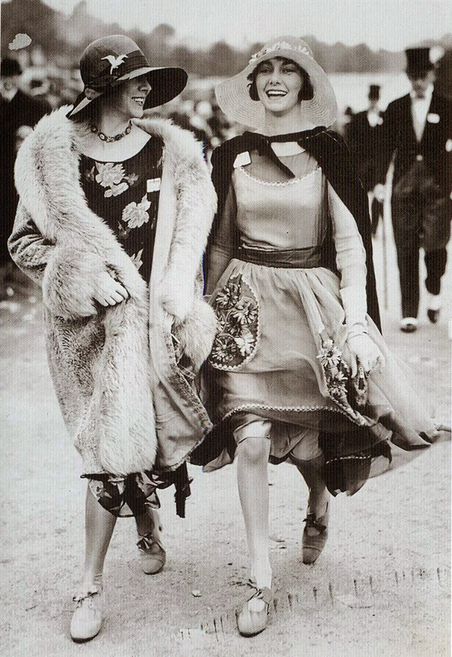 46d. Flappers
