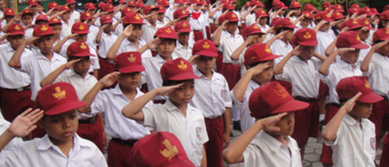 Kelebihan dan Kekurangan Masuk Sekolah Negeri & Swasta