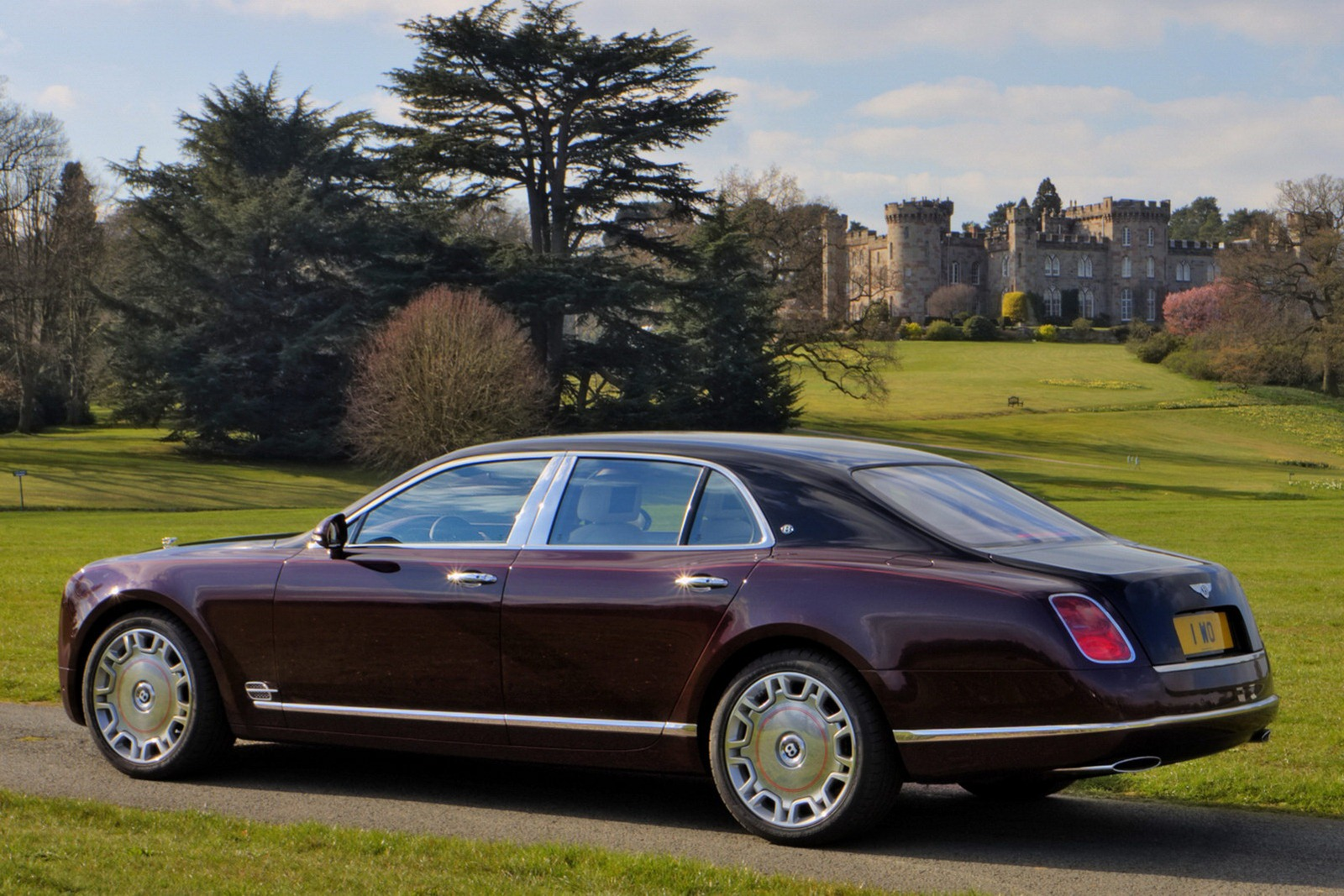 Classic Cars Authority: Bentley Mulsanne Royal Diamond