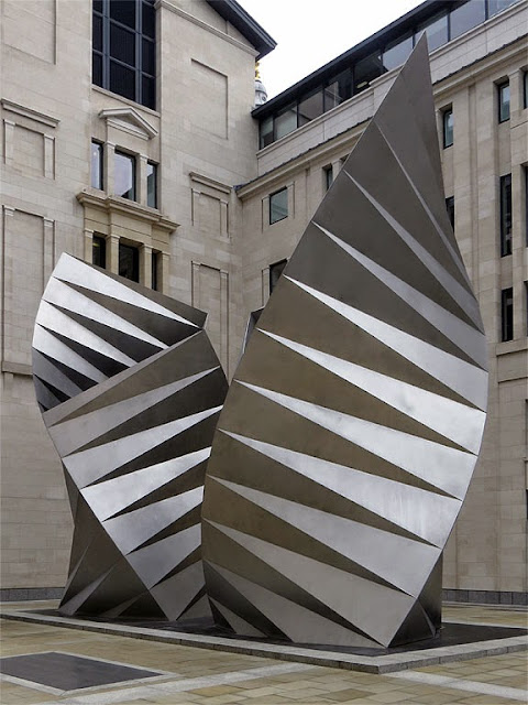 Angel's Wings by Thomas Heatherwick, Paternoster Square, City of London, London