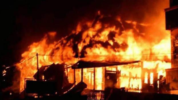 Intan Jaya Papua Rusuh, Kantor Pemerintahan Dibakar Massa