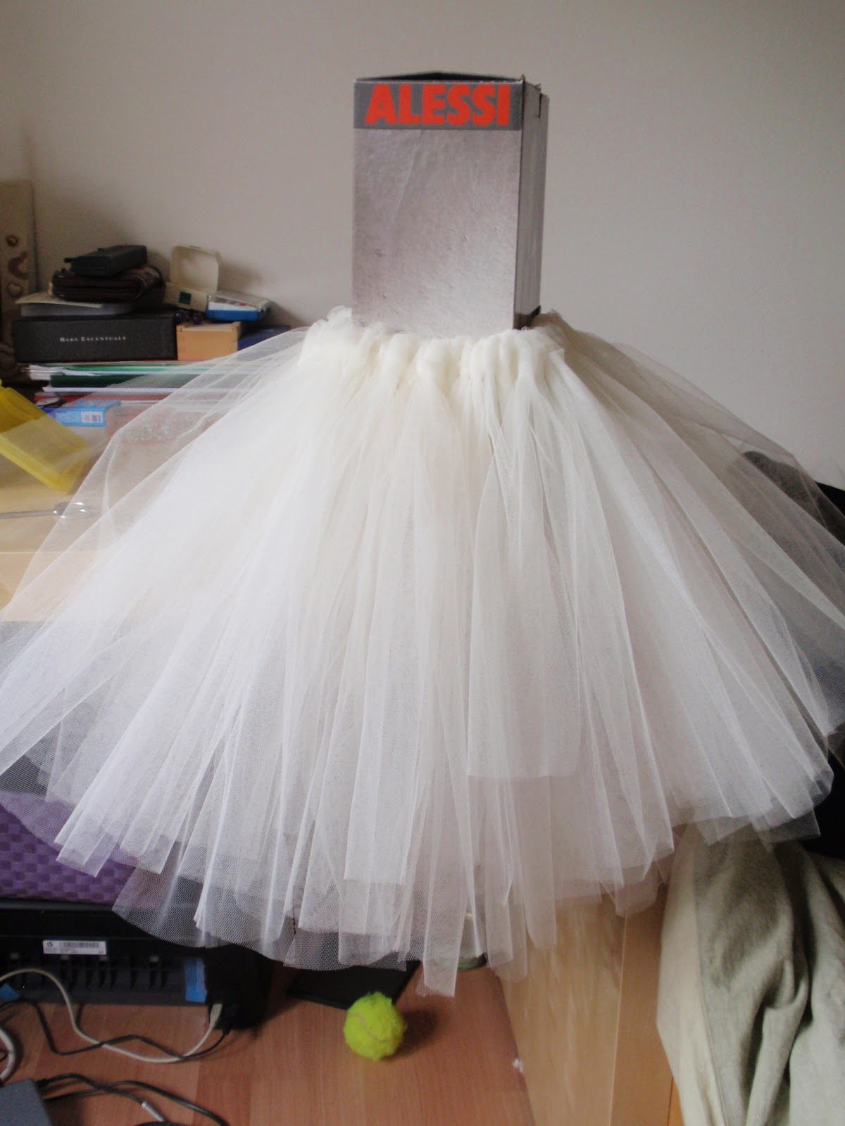 pulmonates design  architecture blog Wedding inspiration _ DIY flower girl ballerina tutu