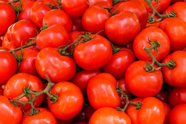 التخلص من حموضة الطماطم في الطبخ