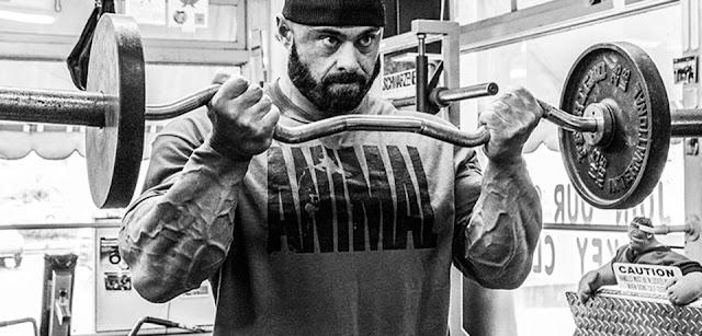 تريد الحصول على عضلات ذراع أمامية بايسبس (Biceps) كبيرة وسريعاً؟