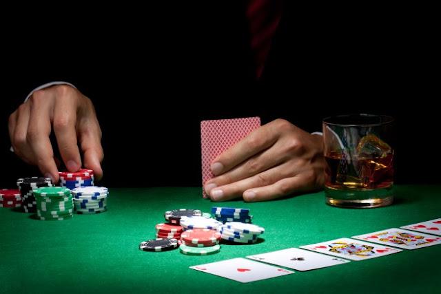 Bermain Poker Online Dengan Chip Poker Gratis Di Facebook