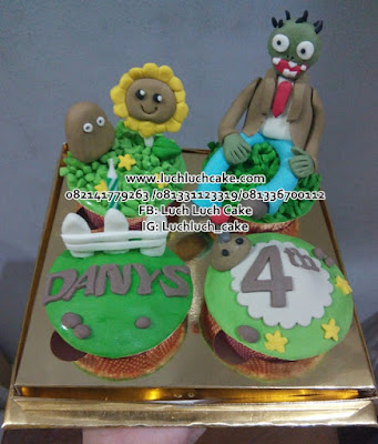 Cupcake Zombie Vs Plants
