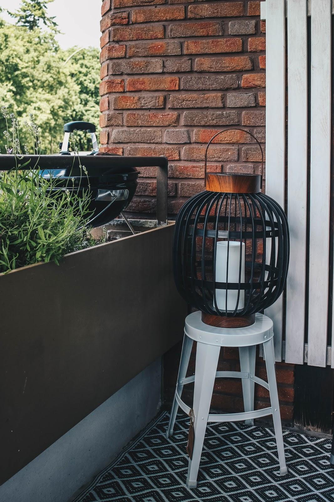 living sommer auf dem balkon fashion whisper der lifestyle blog f r den hippen mann von heute. Black Bedroom Furniture Sets. Home Design Ideas