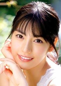 Actress Karen Kaede