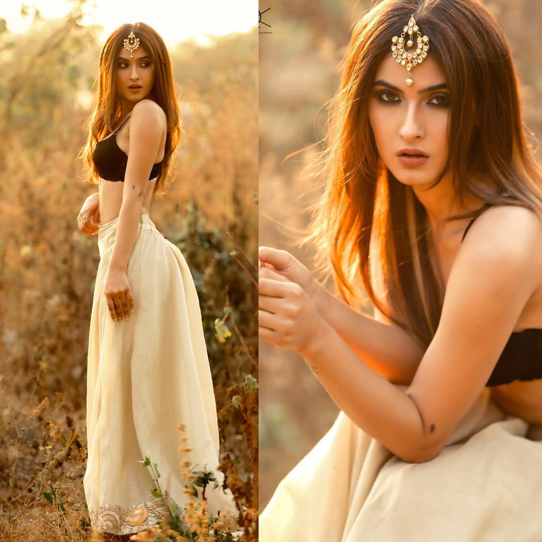 Karishma Sharma Looks Sizzling Hot In These Latest -7788
