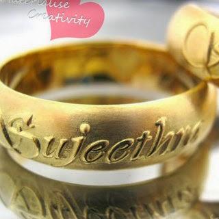 Materialise Creativity Hand Writing 18k Gold Wedding Rings