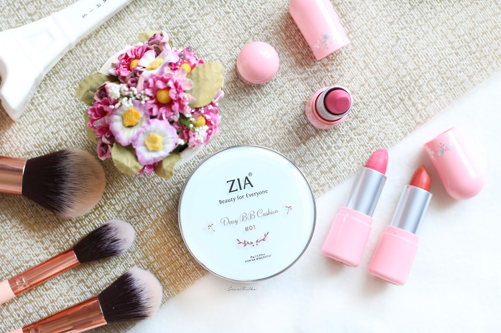 zia, zia skincare, makeup, beauty, produk indonesia, makeup indonesia, produk lokal, review