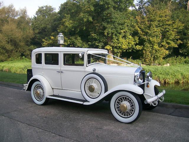 Reservar el coche de boda - Foto: www.cweddingcars.com