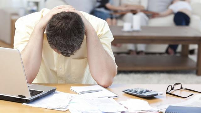 Έρευνα Marc: Ένα στα δυο νοικοκυριά δεν μπορεί να πληρώσει ρεύμα και ενοίκιο