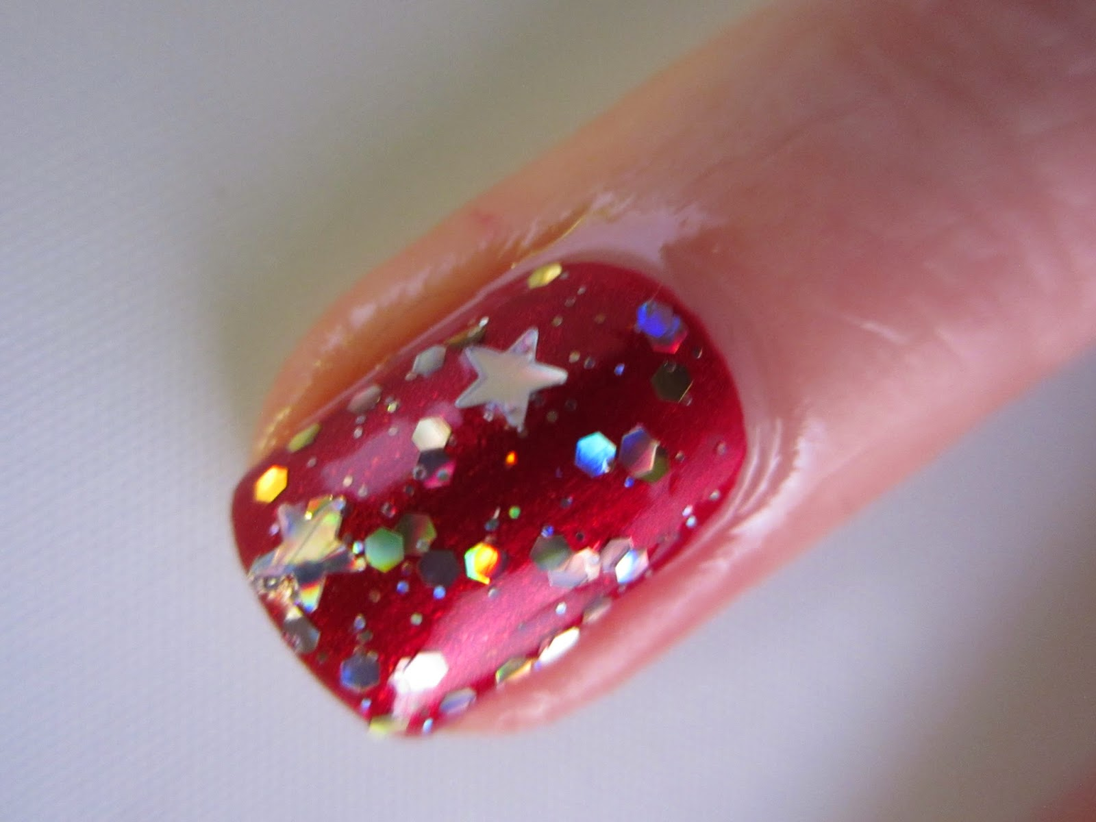 Sinful-colors-red-nail-polish-sugar-sugar-Barry-M-Starlight-gold-holo-stars-glitter