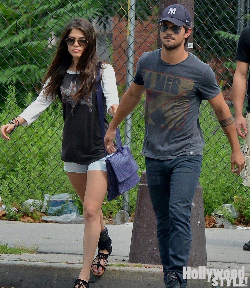Taylor Lautner Y Marie Avgeropoulos Muy Cariñosos En New York