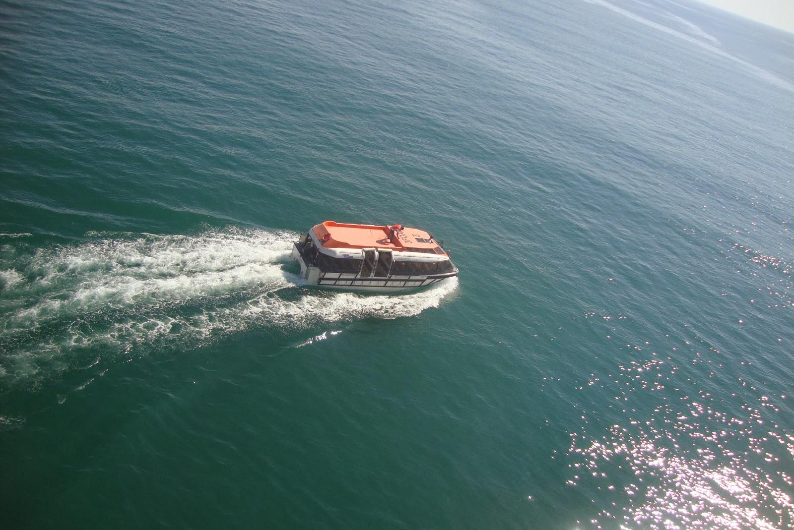 Bote de desembarque em Búzios - RJ - navio MSC Preziosa