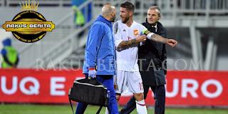 Bek Andalan Sergio Ramos Absen