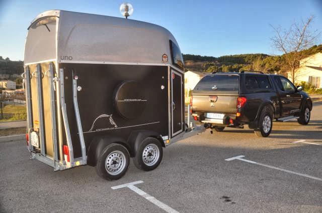 lvc location vans camions et 4 4 vans duo et uno bockmann. Black Bedroom Furniture Sets. Home Design Ideas