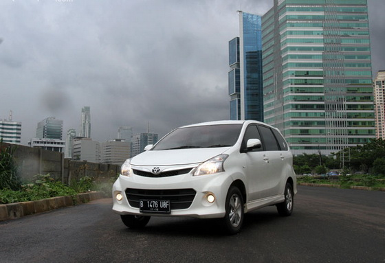 Harga New Toyota Avanza, Veloz 2013