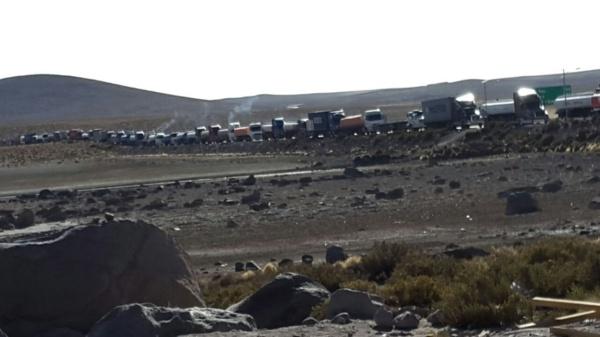 Bolivia reclama daños a su comercio exterior por paro en Chile