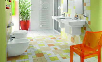 Bathrooms With Lots of Color 6