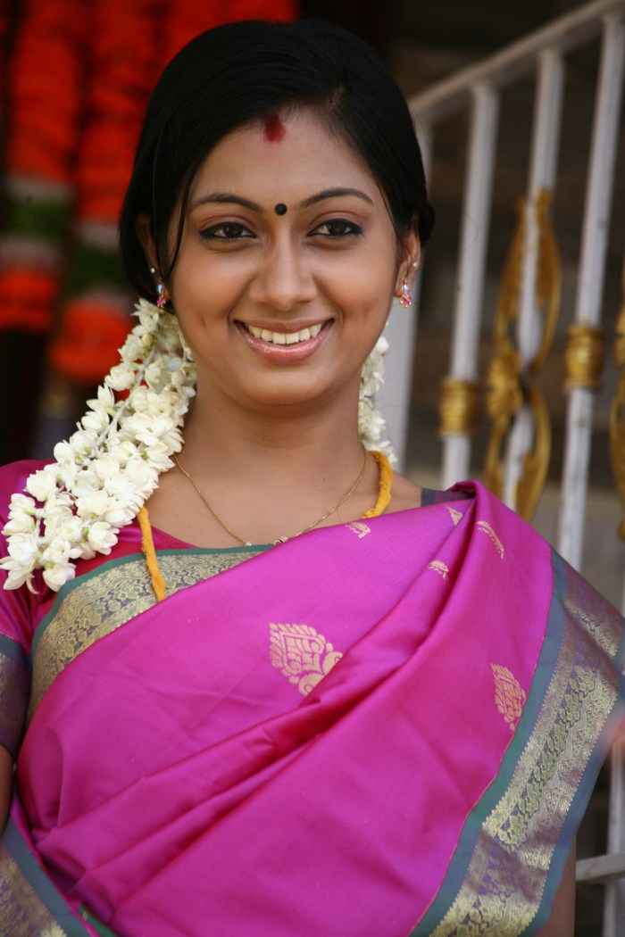 tamil saree actress udhayathara gurusamy udayathara stills premkumar film cinema indian boys